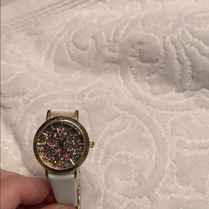 Accessories - Thin white band with glitter face watch